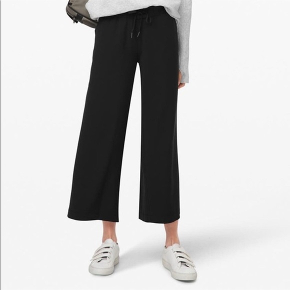 NWT Lululemon On the Fly Wide Leg 7/8 Pant Woven